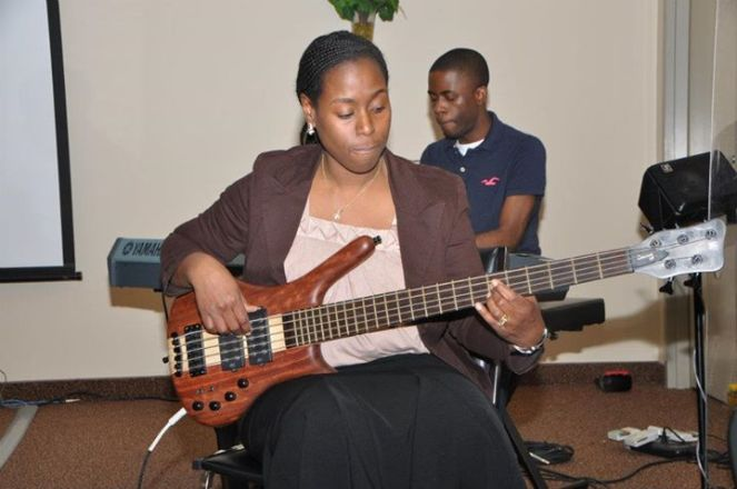 Sis. Anne on the guitar